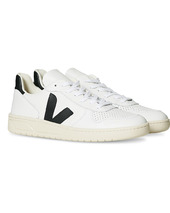 Veja V-10 Leather Sneaker Extra White/black